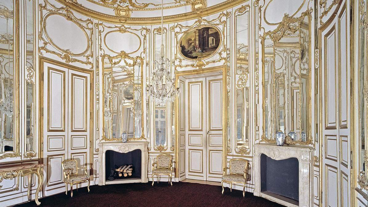 room in Solitude; photo: Staatliche Schlösser und Gärten Baden-Württemberg, Andrea Rachele