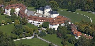 Aerial view of Solitude Palace with administrative building and cavalier building. Image: Achim Mende