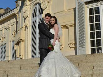 Hochzeitsbild vor Schloss Solitude