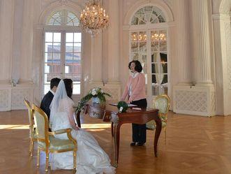 Standesamtliche Trauung im Weißen Saal von Schloss Solitude