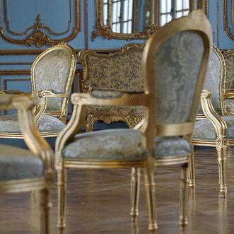 Stühle in Schloss Solitude Stuttgart, Foto: Staatliche Schlösser und Gärten Baden-Württemberg, Niels Schubert