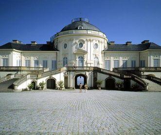Frontalansicht von Schloss Solitude, Foto: Landesmedienzentrum Baden-Württemberg, Sven Grenzemann