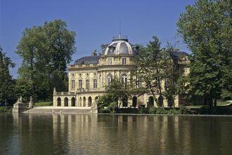 Exterior view of Monrepos Palace in Ludwigsburg. Image: Staatliche Schlösser und Gärten Baden-Württemberg, Steffen Hauswirth